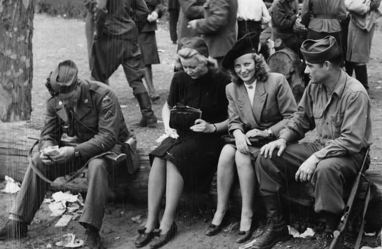 Картинки по запросу американские солдаты  насилуют немок