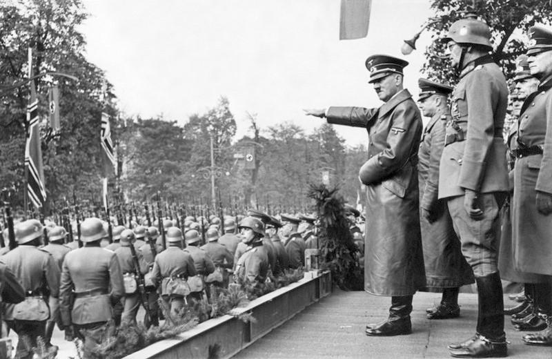 Киев направил Берлину ноту протеста из-за визита немецких политиков в оккупированный Крым, - посол - Цензор.НЕТ 9571